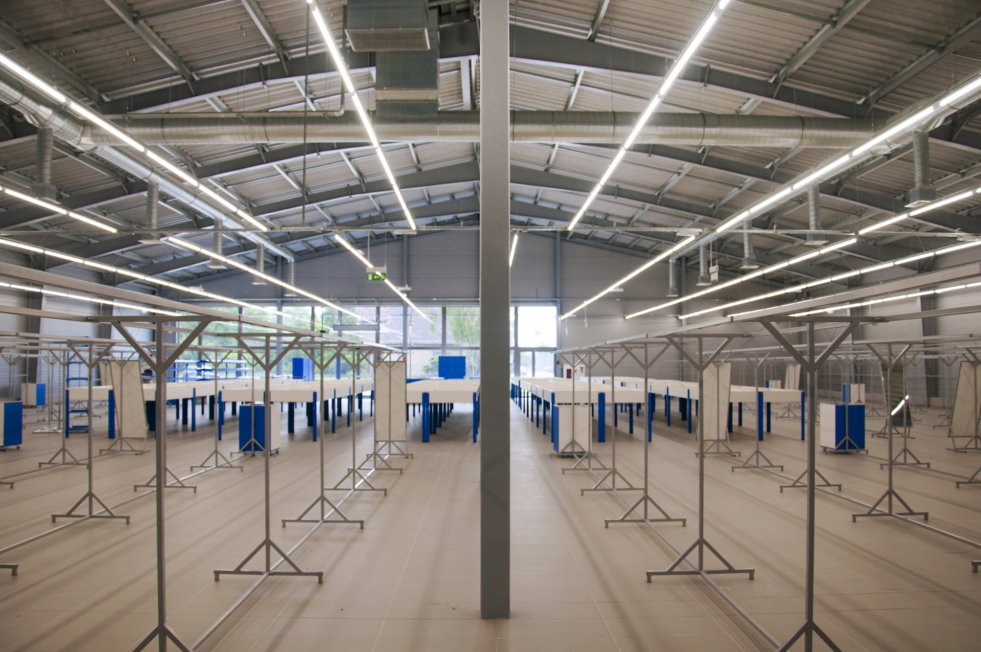 Kamiński - Budownictwo. Generalne wykonawstwo, kompleksowa realizacja obiektów budowlanych, generalny wykonawca salonów samochodowych.